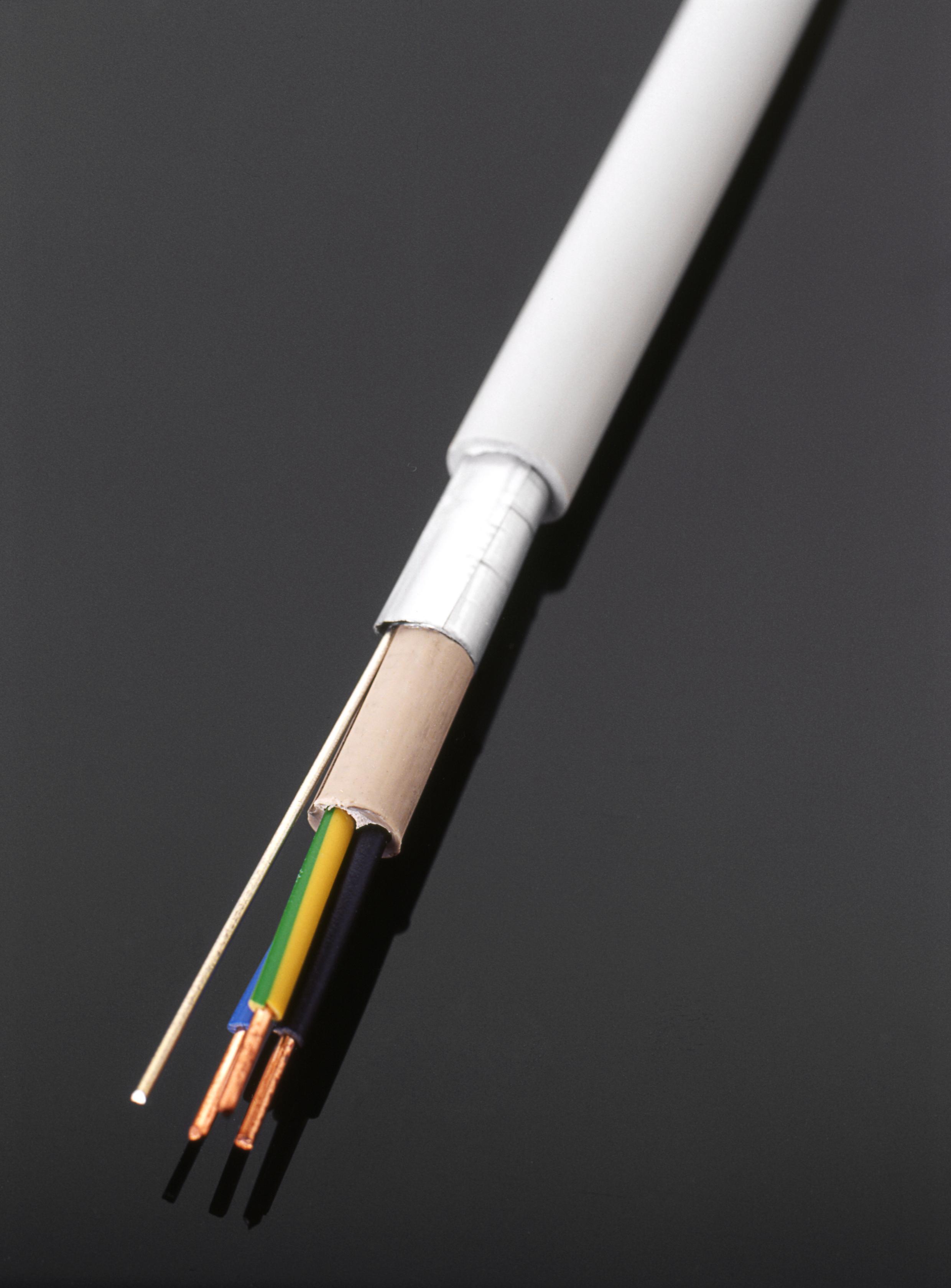 Geschirmte halogenfreie Mantelleitung ,3 x 2,5mm² · 25m · 100m